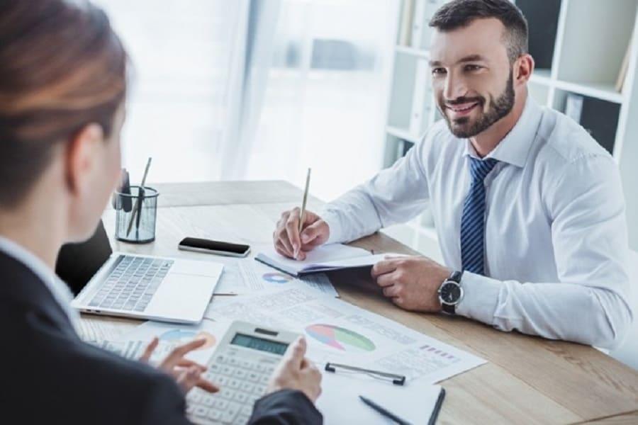 Lasă în seama profesioniștilor înființarea unei firme